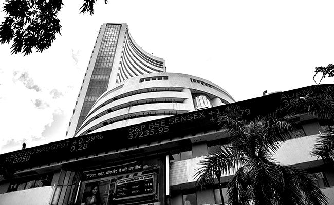 sensex-recovers-over-4000-points-from-days-low-as-trading-resumes-blackwhite